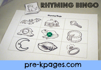 Free Printable Rhyming Bingo Game for Preschool and Kindergarten via www.pre-kpages.com