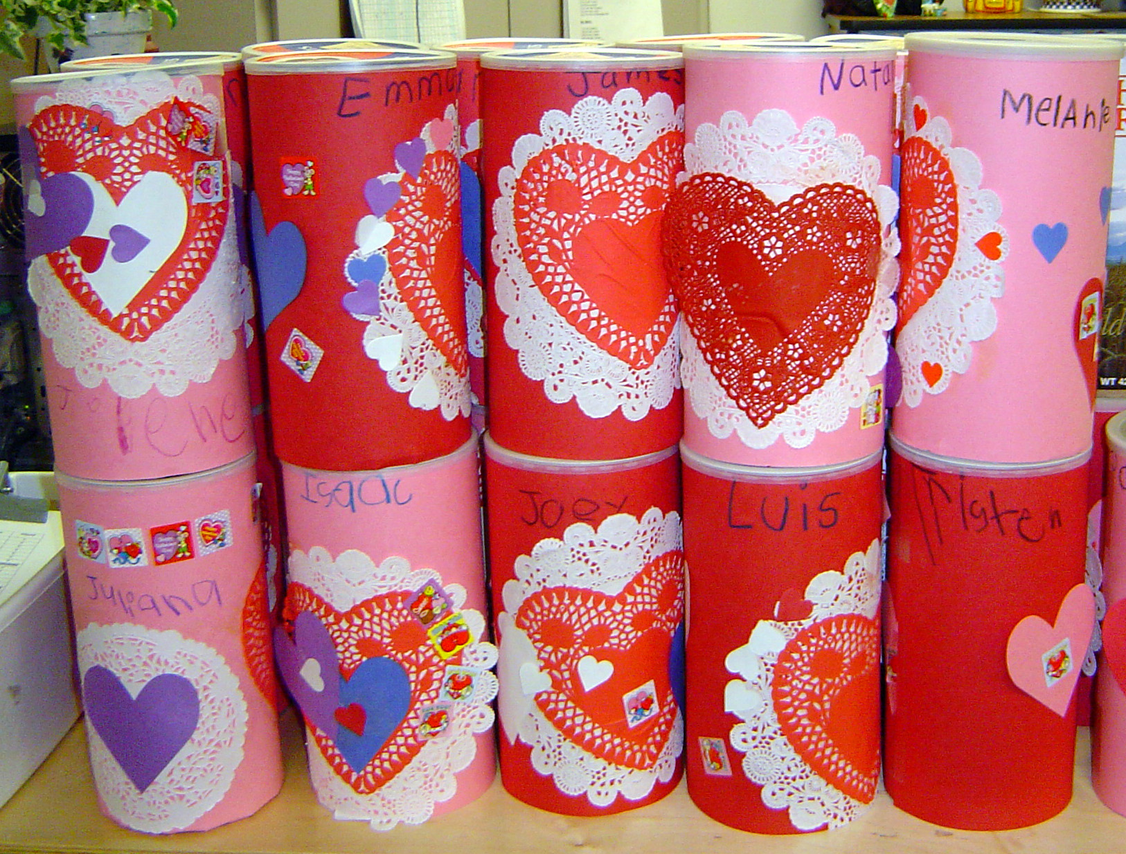 I need a cute Valentine Card Holder Idea – Valentine Card Holders for Preschoolers
