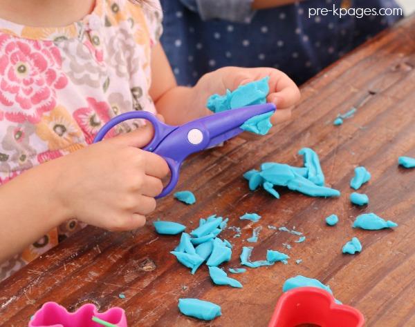 Play Dough Center In Preschool Pre K And Kindergarten