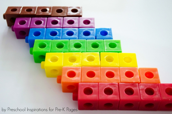 colored cubes sorting game