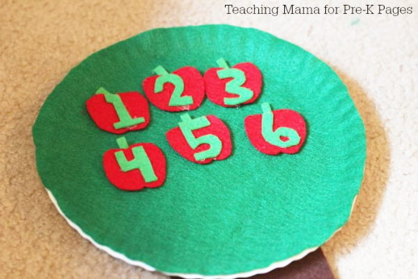 numbered apples for counting tree