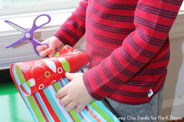 gift wrap bin for preschool