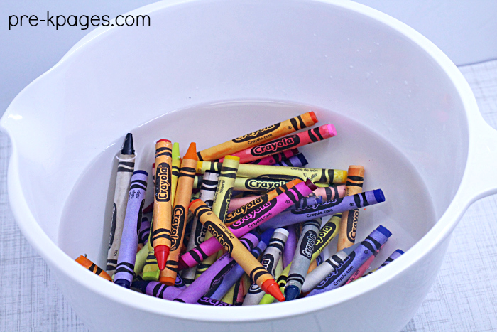 Soak Crayons to Remove Wrappers