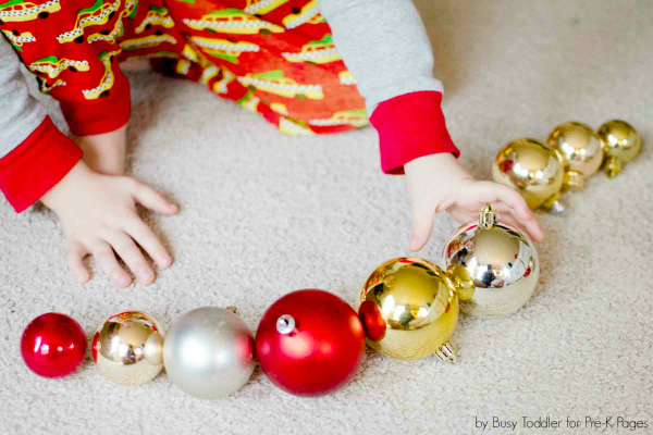 holiday ornament patterning