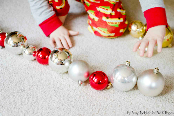 ornaments pattern Christmas