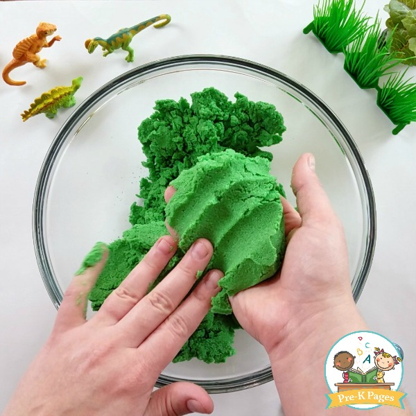 DIY Kinetic Sand Recipe Green